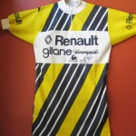 Old Renault team jersey signed by Bernard Hinault