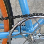 Inch pitch skip link chain was common on fixed gear bikes