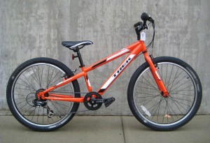 "Trek MT 200 in ""Rhymes with orange"""