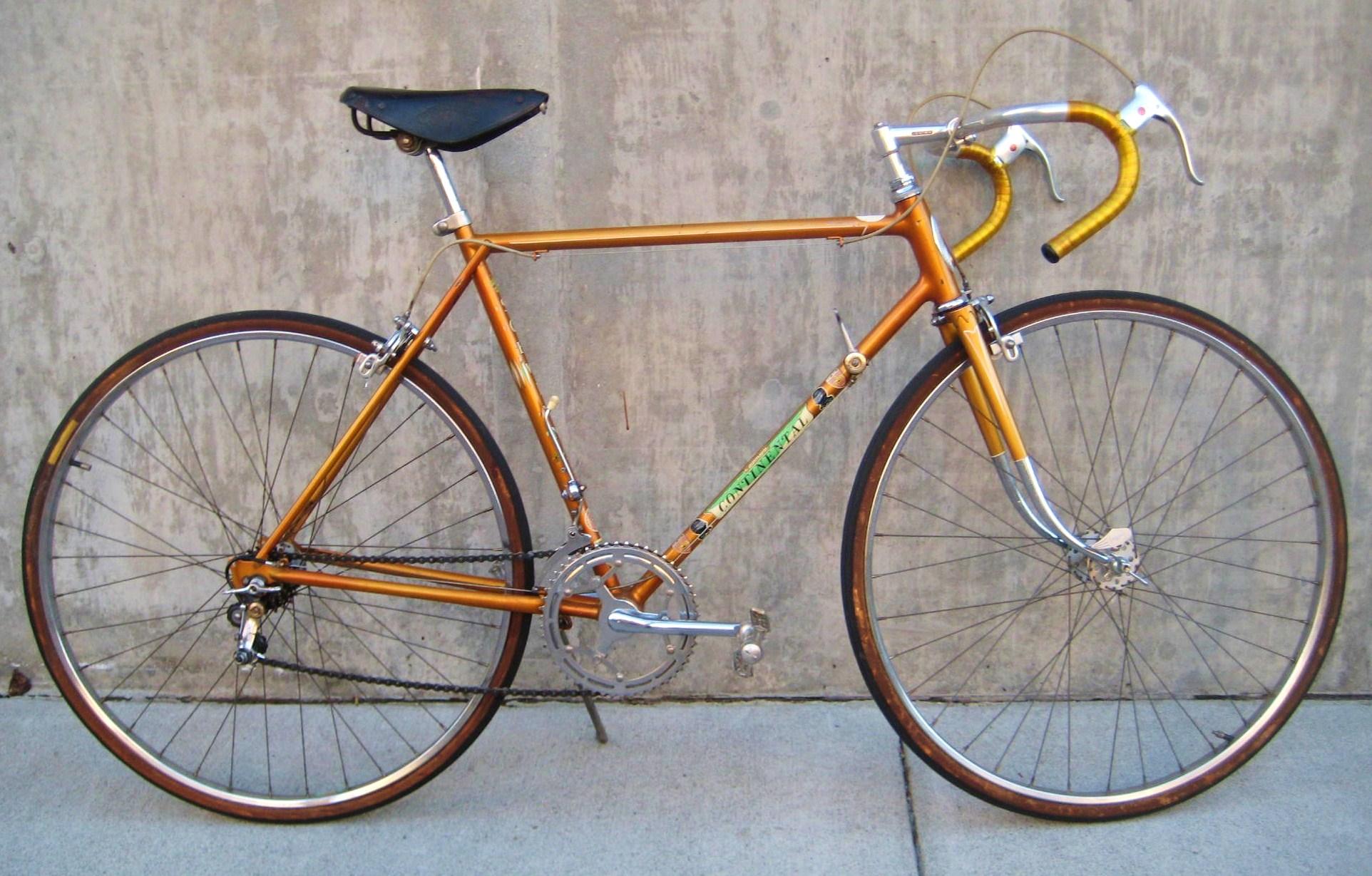 1960 Schwinn Continental At Classic Cycle Bainbridge