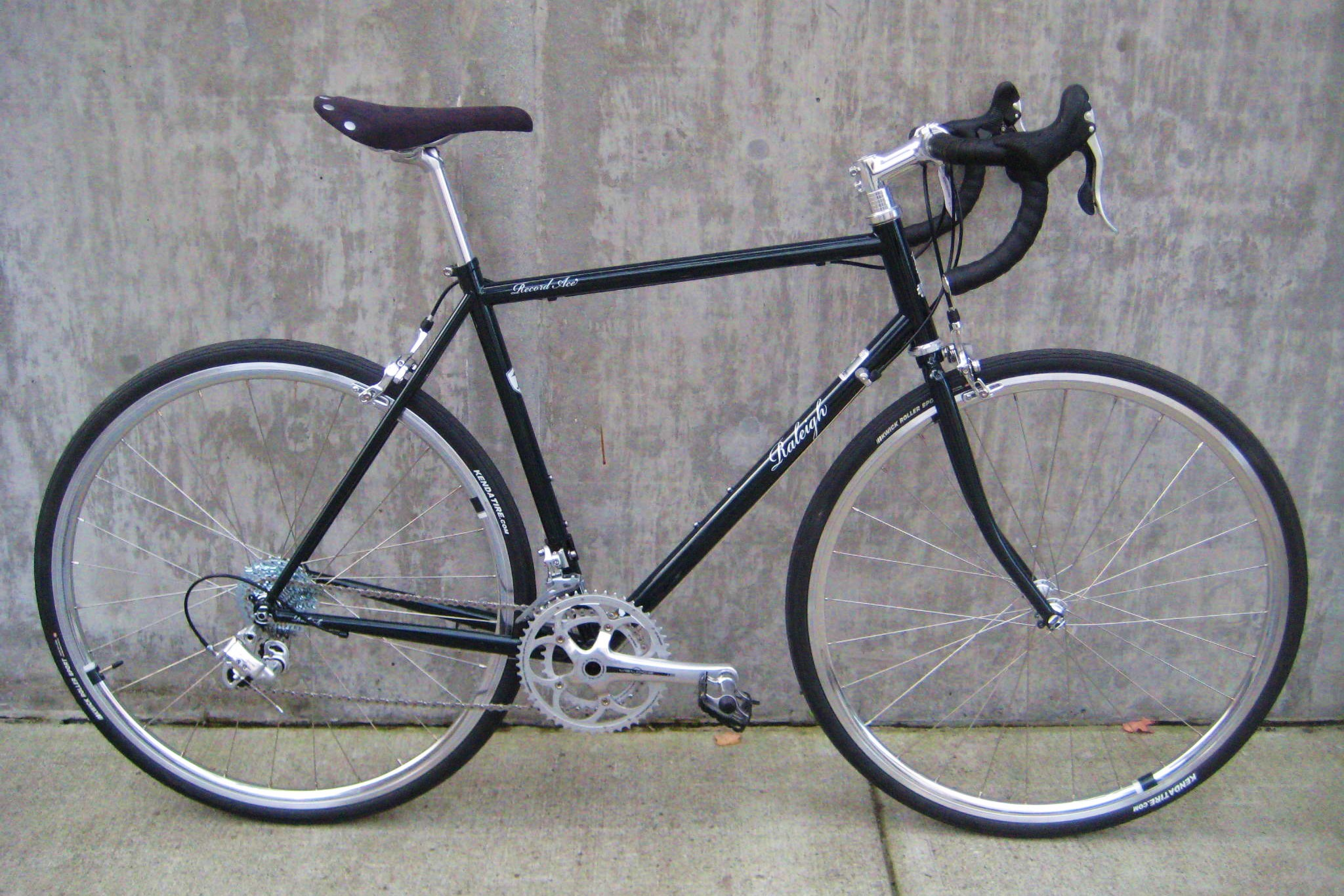Raleigh Record Ace At Classic Cycle Bainbridge Island
