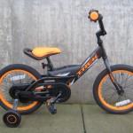Jet 16 black and orange