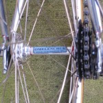 Extra-wide rear hub