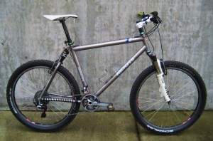 2002 Moots YBB Air