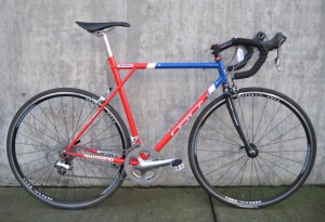 1998 U.S. Cycling Team GT road bike