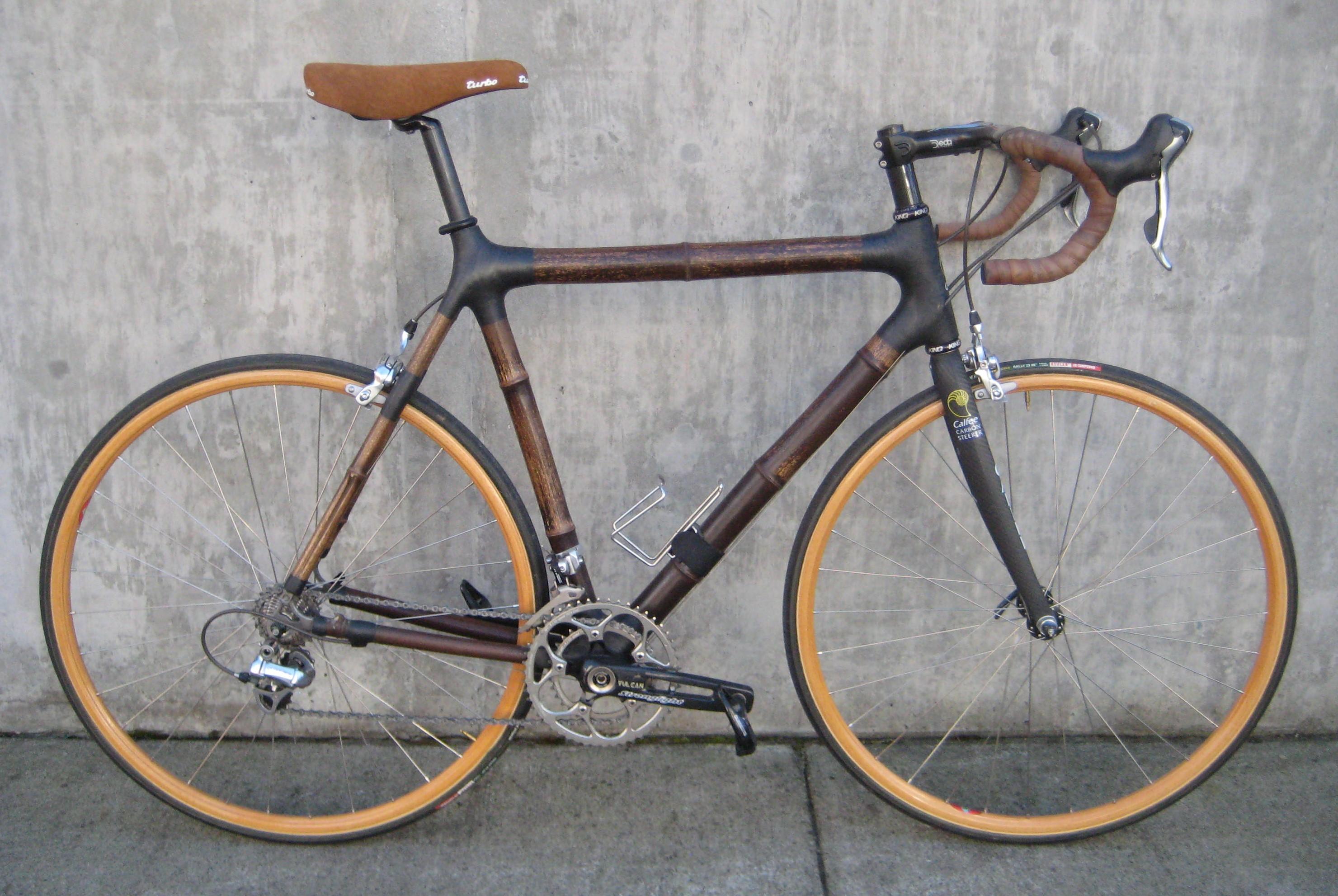 Calfee designs bamboo road bike at Classic Cycle Bainbridge Island ...