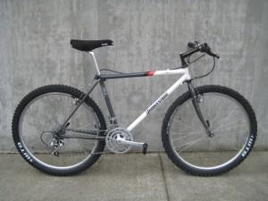 1990 MB-1